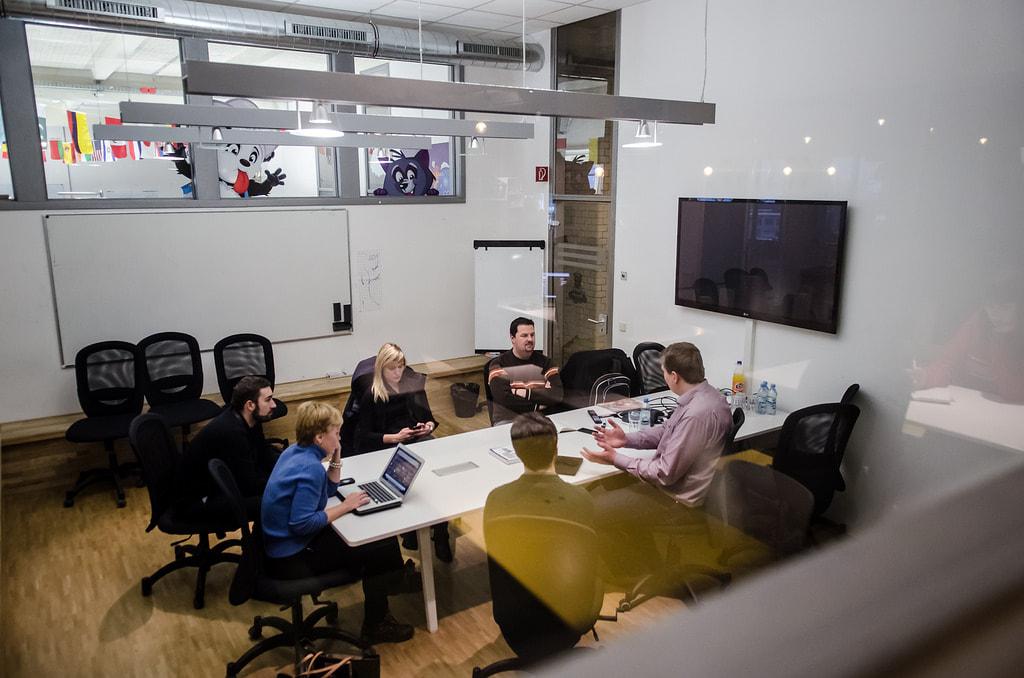 What's Startup Thinking?